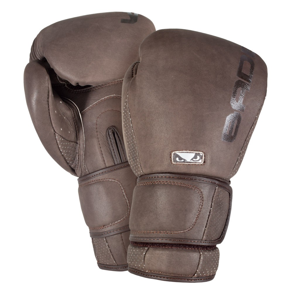 Купить Перчатки для бокса Bad Boy Legacy 2.0 Уценка (10), 5670_br